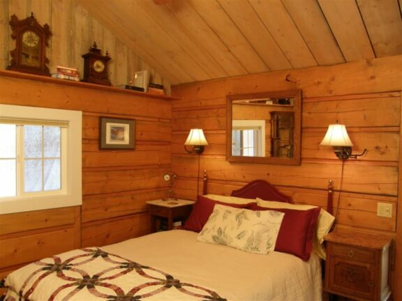 Dragonfly Cabin, Time After Time Bed and Breakfast